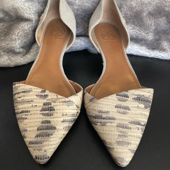 3c2356bfe4b Tory Burch Shoes - Tory Burch Pointed Toe Dorsay Viv Flats